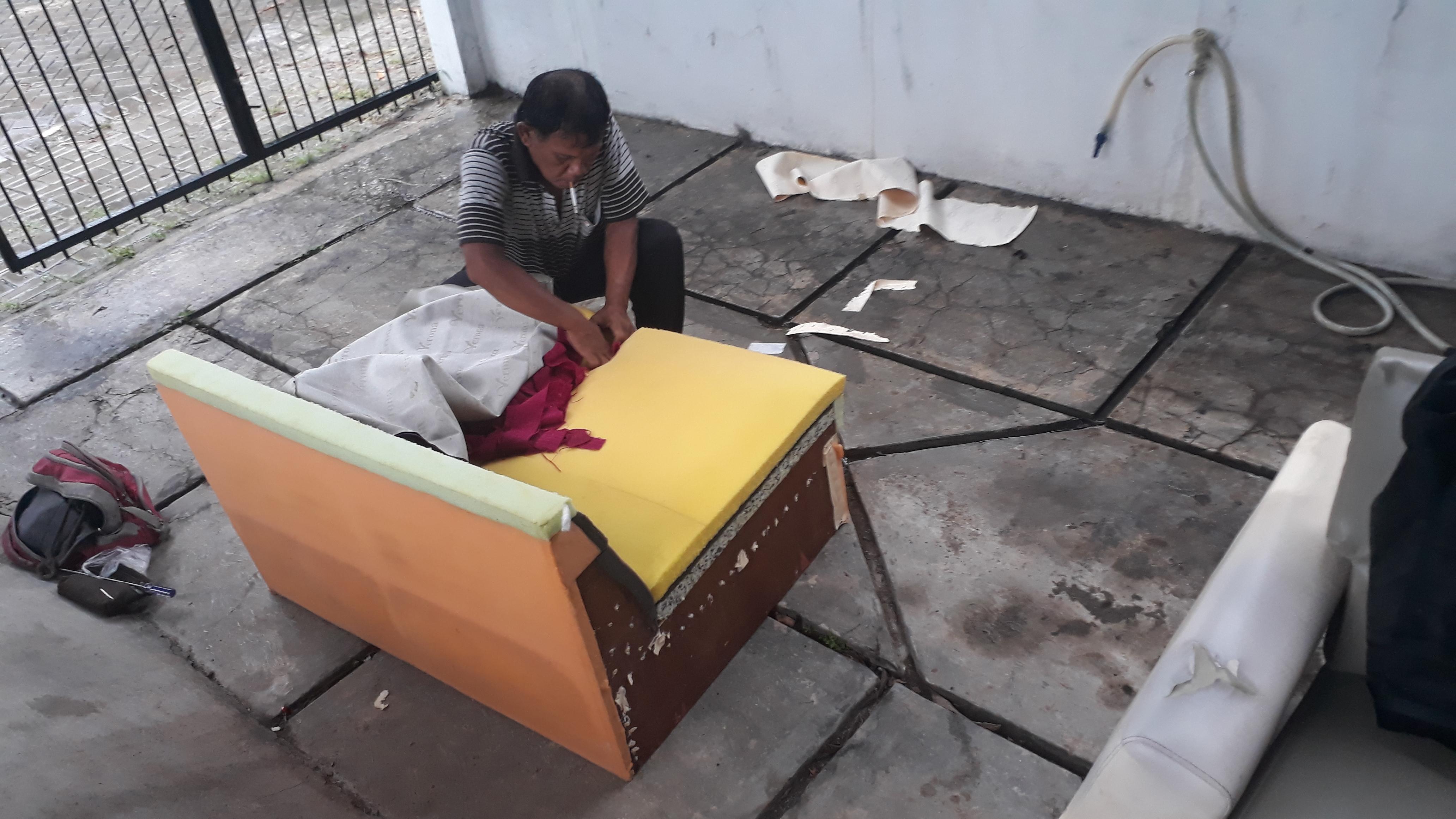 Service Sofa Ruang Tamu Datang Ke Rumah di Cikarang dan Cibitung