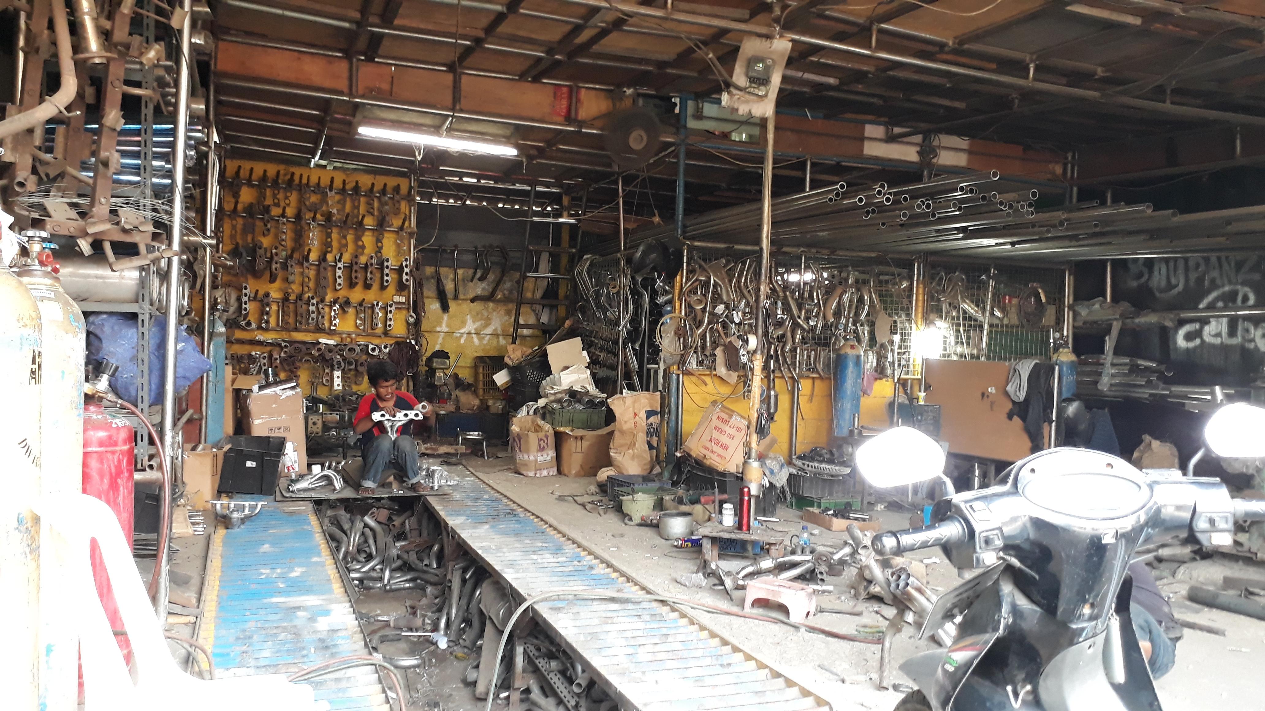 Bengkel Perbaikan Knalpot Mobil dan Motor IMAM KNALPOT di Cikarang