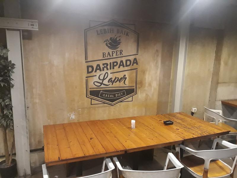 Warung Pedes Kemang Buka 24 Jam Warung Nasi Lezat Bernuansa Cafe