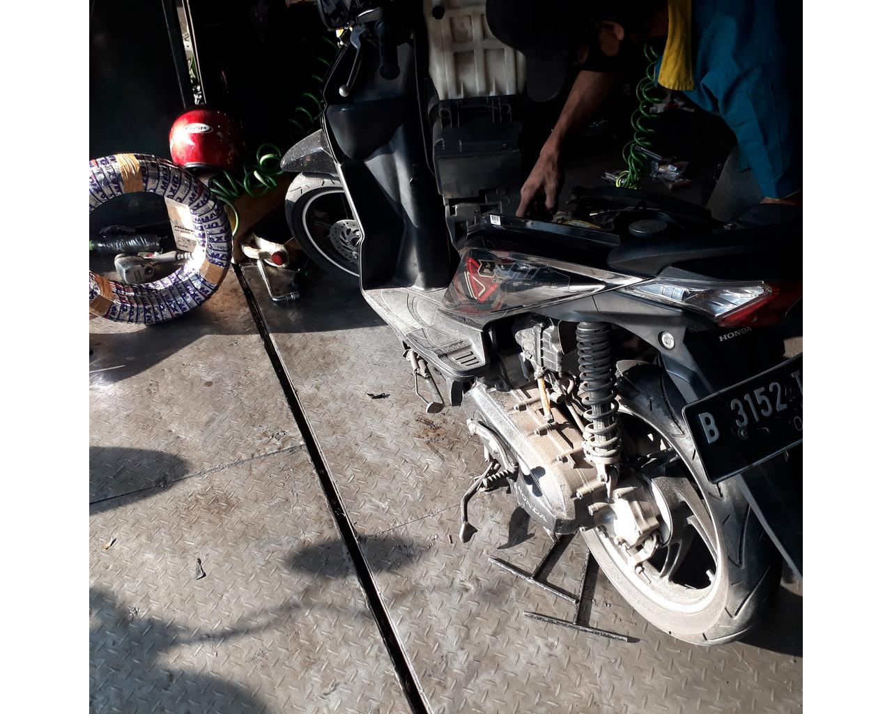 Perbaikan Motor Honda Beat
